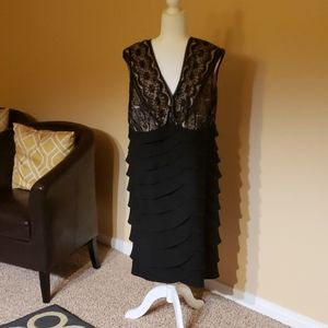 Beautiful lace dress Jessica Howard size 16 w